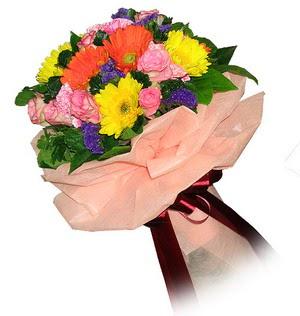 çiçekçi Dikmen çiçek servisi , çiçekçi adresleri  Karisik mevsim çiçeklerinden demet