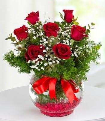 fanus Vazoda 7 Gül Öveçler Dikmen anneler günü çiçek yolla