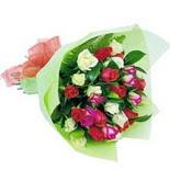 12 adet renkli gül buketi  Ankara Dikmen Osmantemiz online çiçek gönderme sipariş