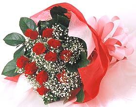 12 adet kirmizi gül buketi Dikmen Harbiye ankara İnternetten çiçek siparişi
