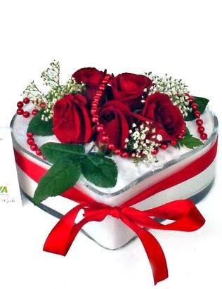 Dikmen İlkadım çiçek gönderme sitemiz güvenlidir  EN ÇOK BEN SEVIYORUM Mika kalp 5 adet kirmizi gül