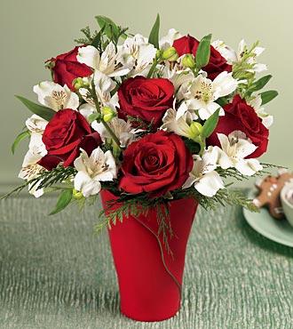Dikmen İlkadım çiçek gönderme sitemiz güvenlidir  6 adet kirmizi gül ve kir çiçekleri