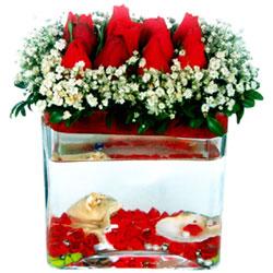 Dikmen Harbiye ankara İnternetten çiçek siparişi  12 adet kirmizi gül cam yada mika vazoda