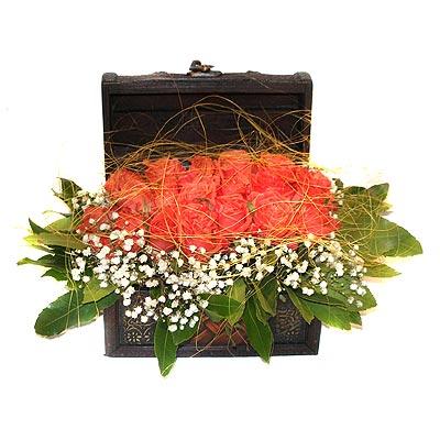 Aşağı Dikmen ankara çiçekçi telefonları yurtiçi ve yurtdışı çiçek siparişi  13 adet sepet içerisinde gül