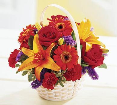 Yukarı Dikmen ankara çiçekleri güvenli kaliteli hızlı çiçek  Sepet içerisinde mevsim çiçekleri