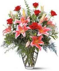 Dikmen ankara çiçek siparişi çiçek gönderme  7 adet kirmizi gül 3 adet kazablanka