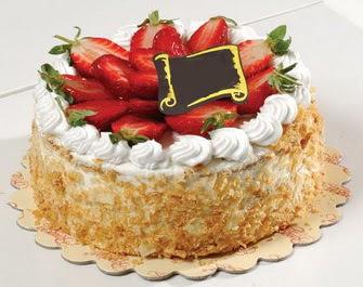 uygun pastaneler 4 ile 6 kisilik çilekli yas pasta lezzetli Ankara çiçek satışı Dikmen online çiçekçi , çiçek siparişi