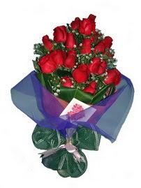 12 adet kirmizi gül buketi Ankara Dikmen İlker çiçek yolla , çiçek gönder , çiçekçi