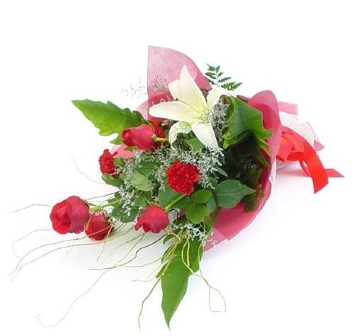 Mevsim çiçeklerinden karisik buket Dikmen Harbiye ankara İnternetten çiçek siparişi