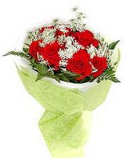 Öveçler Dikmen anneler günü çiçek yolla  7 adet kirmizi gül buketi tanzimi