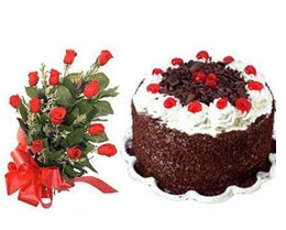 Dikmen Akpınar Ankara  hediye sevgilime hediye çiçek  10 adet kirmizi gül buketi ve yaspasta