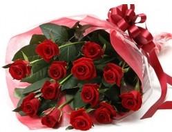 ankara çiçek yolla Dikmen malazgirt çiçekçi telefonları  10 adet kipkirmizi güllerden buket tanzimi
