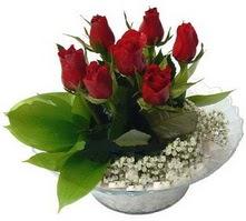 Ankara Dikmen kaliteli taze ve ucuz çiçekler  cam yada mika içerisinde 5 adet kirmizi gül