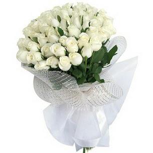 Dikmen Naciçakır çiçekçi mağazası  51 adet beyaz gülden buket tanzimi
