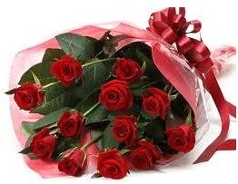 Sevgilime hediye eşsiz güller Ankara Dikmen çiçek yolla