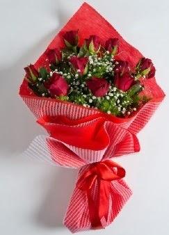 11 adet kırmızı gülden buket Ankara Dikmen İlker çiçek yolla , çiçek gönder , çiçekçi
