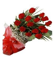 15 kırmızı gül buketi sevgiliye özel Ankara Dikmen Osmantemiz online çiçek gönderme sipariş