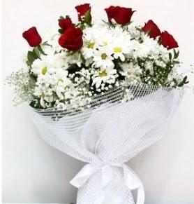 9 adet kırmızı gül ve papatyalar buketi Aşağı Dikmen ankara çiçekçi telefonları yurtiçi ve yurtdışı çiçek siparişi