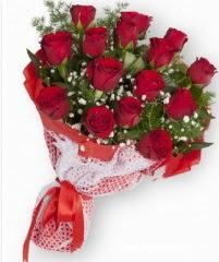 11 adet kırmızı gül buketi Dikmen İlkadım çiçek gönderme sitemiz güvenlidir