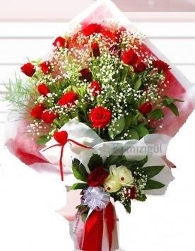 Kız isteme buketi çiçeği 41 güllü Dikmen Keklikpınarı çiçek siparişi vermek