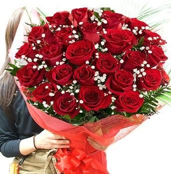 Kız isteme çiçeği buketi 33 adet kırmızı gül Ankara Dikmen Osmantemiz online çiçek gönderme sipariş