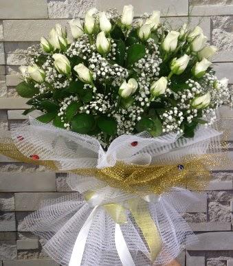41 adet beyaz gül kız isteme buketi Ankara Dikmen 14 şubat sevgililer günü çiçek