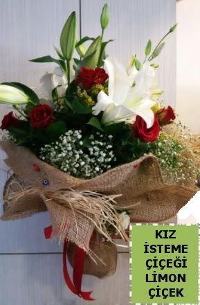 3 dal kazablanka 13 adet kırmızı gül Ankara Dikmen Osmantemiz online çiçek gönderme sipariş
