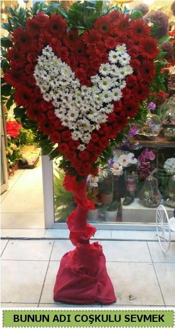 Coşkulu bir aşk çiçeği Dikmen Akpınar Ankara  hediye sevgilime hediye çiçek