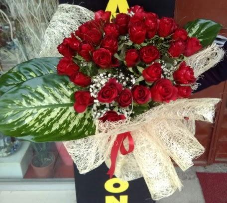 41 adet kırmızı gül Kız isteme çiçeği buketi Dikmen Ankara çiçek gönder uluslararası çiçek gönderme